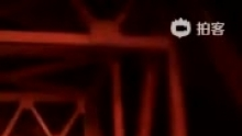500米又一个追尾事故(来自拍客手机客户端 下载地址:http://video.sina.com.cn/app/sinapaike.html)