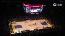 Kobe The Dunker? Kobe The Killer!(来自拍客手机客户端 下载地址:http://video.sina.com.cn/app/sinapaike.html)