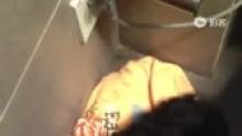 九九大爷要磨牙,可怜了粉色腊肠狗娃娃[偷笑][偷笑](来自拍客手机客户端 下载地址:http://video.sina.com.cn/app/sinapaike.html)
