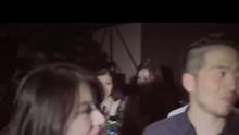 """新浪娱乐讯 刚刚在北京举办完2013""""Why Me""""演唱会发布会后,李宇春又于今日正式发布了个人2013年度单曲《如初》。《如初》由张亚东为李宇春度身打造,即是李宇春选择用音乐来向世界宣告,她心一如最初,成长一如自我,而《如初》也是2013年李宇春纪实影片《如初》的同名主题歌。    八年真我,初心未改       李宇春2013年度单曲《如初》    张亚东度身打造,给自己的情歌,唱给过去和未来    从2005年夏天""""超级女生""""夺目的冠军,到2013年夏天""""快乐男声""""耀眼的评委,此刻,正是李宇春那不可思议的第八年。而这首全新的李宇春年度单曲《如初》,即是李宇春选择用音乐来向世界宣告,她心一如最初,成长一如自我。    21岁到29岁,在这些二字头的青春里,她梦想、她觉醒、她坚持、她跳舞、她文艺、她疯狂……她从不放弃尝试新的挑战,也从未停下自己成长的步伐。李宇春说,她在这一系列""""怀抱着勇敢,不断尝试和挑战""""的过程中,找寻更多自我碎片,以完整和强大真我的内心。    阔别七年,再度牵手张亚东    第七张音乐作品,李宇春坚持指定张亚东来做自己的制作人。自2006年的《皇后与梦想》后,阔别7年的二人已分别在电影、话剧、摄影等不同领域做过很多尝试,并取得了不错的成绩,再次走到一起,只因对音乐的初心都未曾改变。在专辑的前期沟通中,张亚东惊喜地发现李宇春已经蜕变得更加成熟自信,对音乐的理解也更加深入和精准,并且更敢于表达自己的想法。她可以做到完全不被商业因素所束缚,执着地追求完美效果,丝毫不妥协。""""只想做自己想做的东西""""——这种单纯又强烈的愿望,感动了张亚东,也激发了他的动力。    """"只愿我也爱你如初如你爱我""""    单曲《如初》像一句梦中呓语,带着对纯真的最初向往,飘进了眼下这个飞速转动的世界。以往张亚东的创作习惯是先做好一段音乐铺底,然后再根据它来填进旋律,而《如初》则是很难得的先有旋律。一切都源于他某天开车时脑海中突然冒出来的曲调动机,他当即抓起手机哼唱着将其完整地录了下来,这大概是这位喜欢不断推翻自己的制作人最不费力、最浑然天成的一次创作了。歌曲的旋律并没有太大起伏,宁静的甜蜜杂糅着淡淡的忧伤缓缓推进,表达出深厚的情感,简单却耐人寻味,让口味很刁的李宇春一听就爱上了。    这首歌在录制的时候,李宇春很快就进入了状态,并且几乎是一气呵成。她对于自己声音的控制能力完全不可与7年前同日而语,在声音的表现方面也更加细腻、富有层次,这对于录音很较劲的张亚东来说就像是一份礼物。二人默契有加,轻轻松松速战速决。如今,使用软件矫正音准已经成为现代音乐制作标准化流程的一步,有时仅仅是为了追求完美,否则心有不甘。而《如初》则果断省略了这一步。张亚东说,李宇春的音准本来就很好,这首歌要是修饰得太过标准刻板,味道就不对了。如初的张亚东,还原出更加真实完整的李宇春。在编曲上,张亚东也尝试过很多种可能,直到新歌发布的两天前还在修改。但他认为效果都不如第一版demo的感觉对,最终还是维持原判,保持了最初干净、不落俗套的方案。张亚东也少有地包揽了所有配器的演奏和歌曲的混音工作。值得一提的是,间奏的一段吉他编得很讲究又很另类,从和声的角度来讲都是""""错""""的,却又""""错""""得很舒服,隐约含在旋律中像潜流一般轻轻撩起微妙的情绪波动。    对于在现在这样的市场,《如初》还是太不主流。""""真的要先打这一首吗?""""张亚东也在反复问。不过李宇春坚信,《如初》是有点特别,但它还是属于能让人接受的那一种,温和舒缓,没有侵略性,叫在人毫无防备的时候,还未反应已被打动。然而《如初》并不能代表整张专辑的风格,""""这样的歌,有一首就够了。""""张亚东如是说。    47届台湾金马奖最佳纪录片团队诚映       同名纪录片《如初》主题曲    当然的,这首歌也成为了2013年李宇春纪实影片《如初》的同名主题歌的不二之选。该片由47届台湾金马奖最佳纪录片团队用时240天、历经15000公里,跟随李宇春未曾停歇的脚步穿梭北京、上海、巴黎、戛纳、乌镇、台北……用镜头记录下她台前幕后的每个瞬间。舞台上,她是戛纳红毯上的当红巨星,她歌影并进备受肯定,她是《如梦之梦》的文艺女青年,她是""""快乐男声""""魅力四射的评委。舞台下,她是第一个拥有歌迷发起的慈善基金的艺人,她是极具商业价值的偶像明星代表,她是国际品牌代言人。    在这宛如新生的第八年,她即将在十月站上青岛和上海的舞台,继续和全世界一起见证,她那些几近疯狂的人生梦想,一如8年前的那个夏天。曾经以为非凡就是天赋激起的惊世骇浪,现在觉得非凡只是极平凡的天真和倔强。她清楚明白的,我们也无比坚信的是,在那些""""最受欢迎女歌手""""、""""最佳女歌手""""、""""最有影响力人物""""的背后,她自始至终,都是那个一如最初、独一无二的李宇春。"""