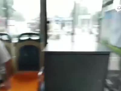 这样的司机,这样的乘客,太暖心了!